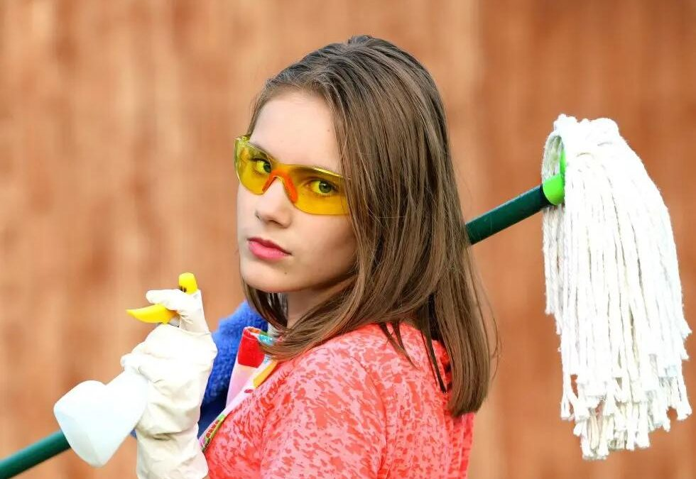 Home Cleaning Services You Should Be Outsourcing